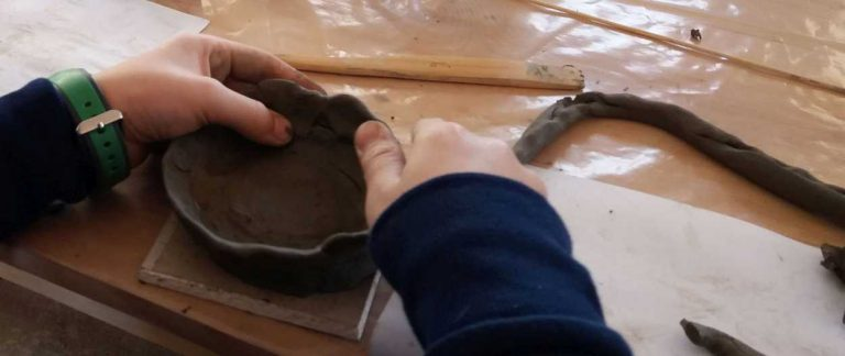Atelier de ceramica 1250x528